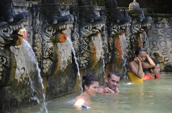 banjar-hot-spring-pool