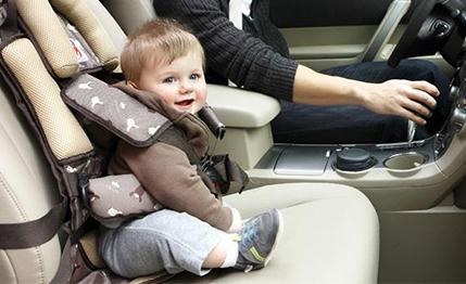 baby-seat-car-rental-in-bali1